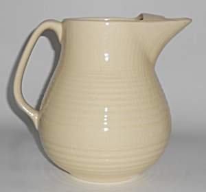 Bauer Pottery Monterey Ivory Ice Lip Pitcher
