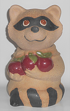 Metlox Pottery Pottery Poppy Trail Raccoon Cookie Jar (Image1)