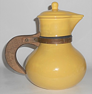 Red Wing Pottery Gypsy Trail Yellow Wide Mouth Pitcher