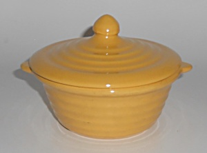 Bauer Pottery Ring Ware Yellow Baking Dish W/lid