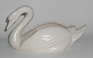 Bauer Pottery Cal-art Matte White Medium Swan Planter