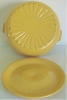 Click to view larger image of GARDEN CITY POTTERY LARGE YELLOW CASSEROLE! (Image2)