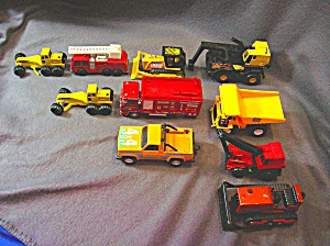 Lot #6 - 10 Diecast, Hot Wheels style toy vehicles (Image1)