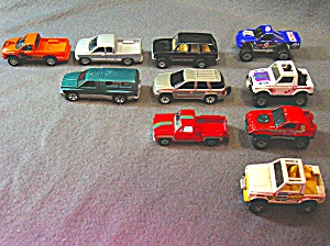 Lot #11 - 10 Diecast, Hot Wheels style toy vehicles (Image1)