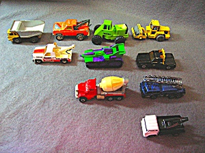 Lot #17 - 10 Diecast, Hot Wheels Style Toy Vehicles