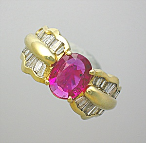 Ring Ruby 1 1/2cts Diamonds 14K Gold  (Image1)