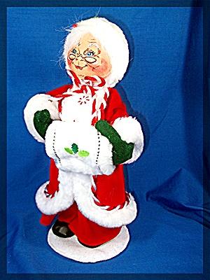 Annalee Mrs. Classic Santa 2007 in red velvet (Image1)
