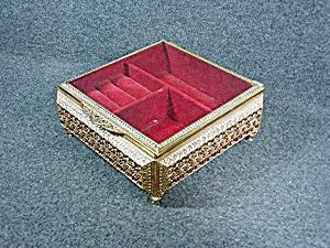 Vintage Gold Ormolu Filigree Jewelry Trinket Box footed (Image1)