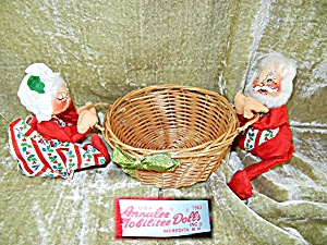 Annalee 1963 Mobilitee Dolls Mr & Mrs Santa wih basket (Image1)