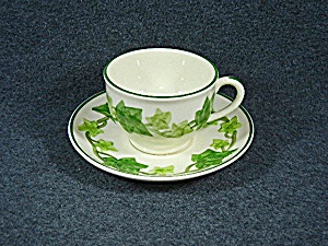 Franciscan Ivy  Cup and Saucer California USA (Image1)