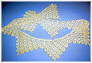 Vintage pieces of Handmade Lace (Image1)