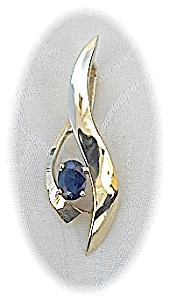 14k Gold 1ct Blue Sapphire Omega Chain Pendant