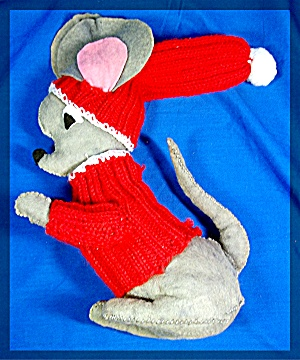 Christmas Mouse handmade Felt crochet sweater (Image1)