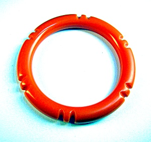 Bakelite Tangerine Carved Bangle bracelet (Image1)