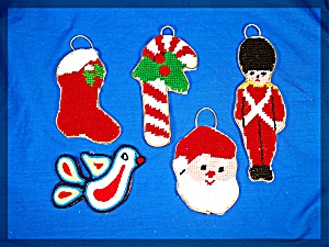 5 handmade Christmas Ornaments ..... (Image1)