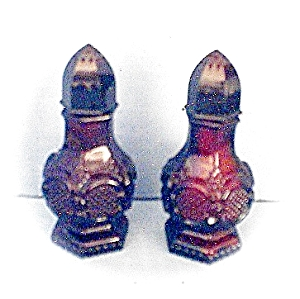 Avon Deep Red Cape Cod Salt & Pepper
