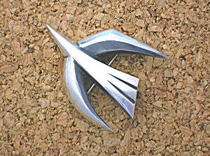 JAMES AVERY Sterling Silver Bird Retired Brooch (Image1)