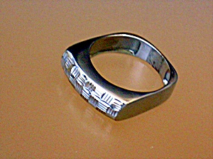 Ring 14 K White Gold Signed  HANA  (Image1)