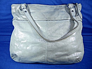 77ffdc6d949 Condition  pre owned - very good. Size  15 inches wide 5 inches deep 12  inches tall 8 inch drop. Type  COACH Bag Light Silver Sparkle Country of  Origin  US