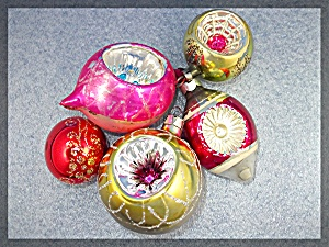 Lot of 5 VIntage Christmas tree ornaments (Image1)