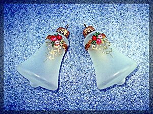 Pair of blwn glass bell Christmas tree ornaments (Image1)