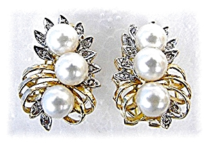 Earrings 14K Gold Diamond & Pearl French Back  (Image1)