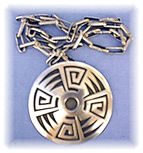 Hand Made Native Indian Sterling Sil Necklace (Image1)