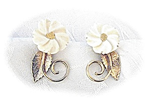 14K GF Ivory Carved  Flower Screwback Earrings Amco (Image1)