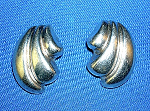 Sterling Silver Designed Signed BARRA Clip Earrings (Image1)