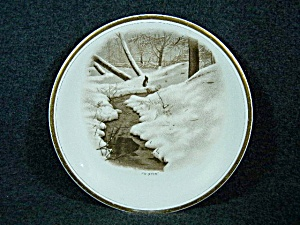 Semi Porcelain Decorative Plate Winter with rabbit (Image1)