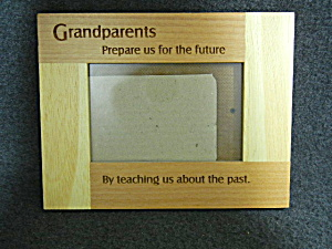 Wooden Frame Grandparents