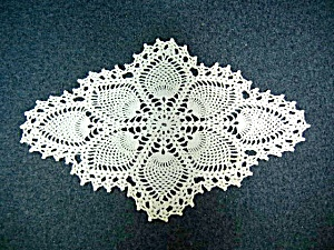 Crocheted Doily Pineapple Pattern 80s