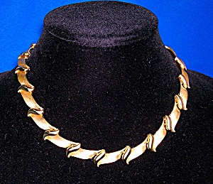 TRIFARI Brushed Gold Hinged Link Necklace (Image1)