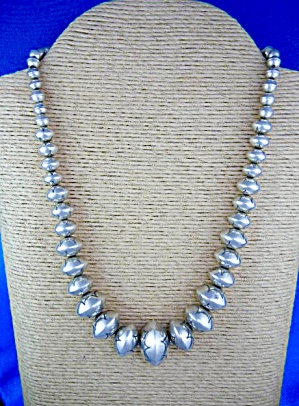 Native American Navajo Pearls Sterling Silver Signed RV (Image1)