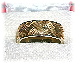 Ring 14K Yellow Gold Wedding Band By Exquisite  (Image1)