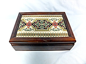 Jewelry Box wood inner tray Tapestry Top (Image1)