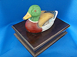 wooden box with malard duck lid  (Image1)