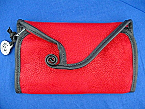 Erda deerskin checkbook cover in red (Image1)