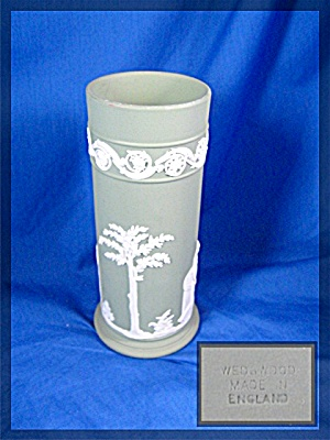 Wedgewood Spill Vase C C Figure On Celadon Jasperware