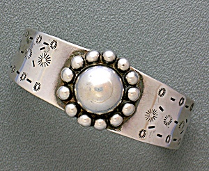 Sterling Silver American Indian Look Bracelet Mexico 40 (Image1)