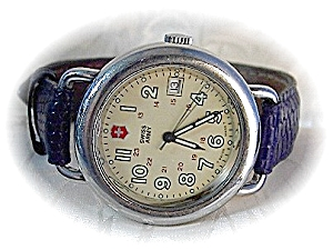 Gentlemans SWISS ARMY Wristwatch (Image1)