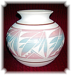 Mexican Pot Signed R Gonza Etched