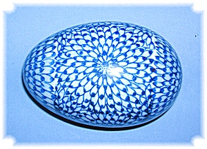 Porcelain Decorative Egg Container (Image1)