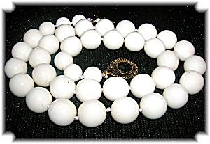 22 Inch Pre 1949 Ivory 13mm Bead Necklace (Image1)