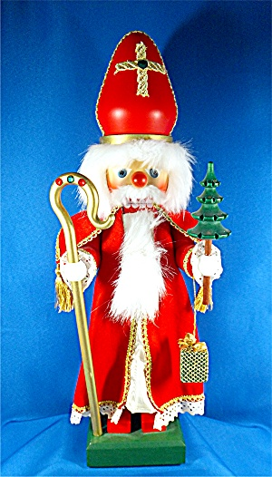 German Nutcracker Santa, staff tree presents, Ulbricht  (Image1)