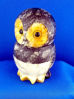Alabaster Owl hand carved made in Italy 4 inches tall (Image1)
