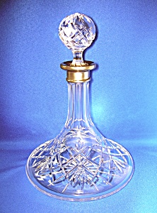 CRYSTAL SHIPS DECANTER WITH Metal COLLAR (Image1)