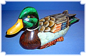 Wooden Duck Hand Painted and Hand Carved  (Image1)