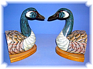 Wood  Hand Painted Goose Book Ends From the 80s (Image1)