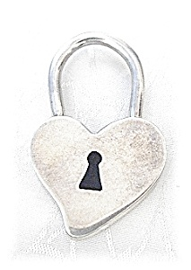 Large Sterling Silver Heart Pendant (Image1)
